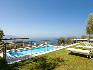 Luxury villa Le Rose
