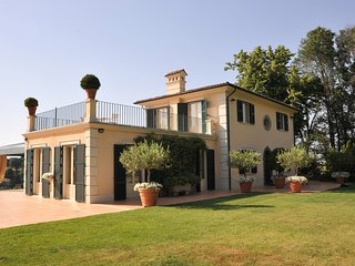 Luxury villa Tolomeo