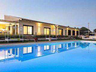 Luxury villa Mattina