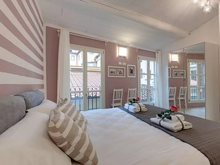 Hibisco apartment in Santa Croce with WiFi & air conditioning.