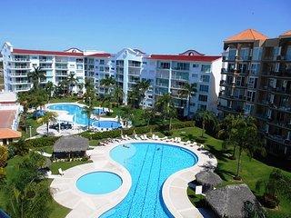 Marina View -3 Bedroom Condo by Villas HK28 !!!