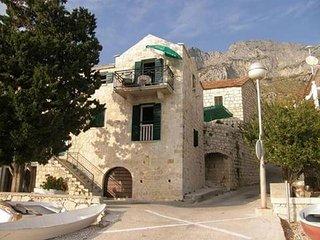 One bedroom apartment Brist (Makarska) (A-16098-a)