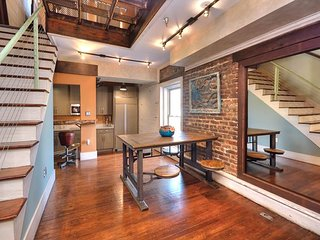 Industrial-Chic Downtown 1BR w/ River Views - Steps to Dining & Entertainment