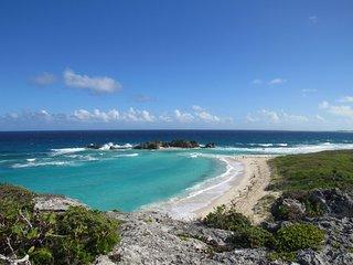 Far Away Villa - Mudjin Harbour, Middle Caicos