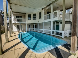 The Nags Header | Oceanfront | Dog Friendly, Private Pool, Hot Tub