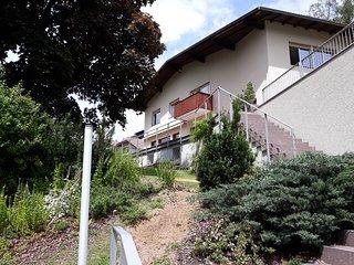 Villa lussuosa e spaziosa vicina al centro - vista panoramica e giardino privato