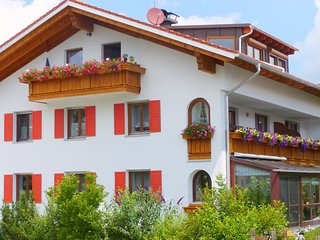 Spacious, inviting apartment near Füssen in the Allgäu region in Bavaria
