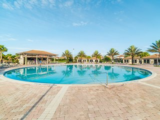⭐Deluxe Villa+Private Pool+Hot Tub+Theatre Room+Pool with Waterslides⭐