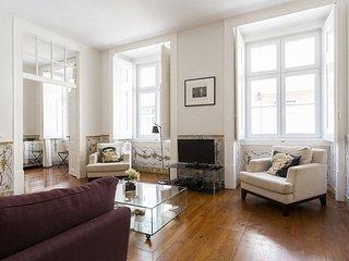Spacious Correeiros Deluxe apartment in Baixa/Chiado with WiFi, air conditioning