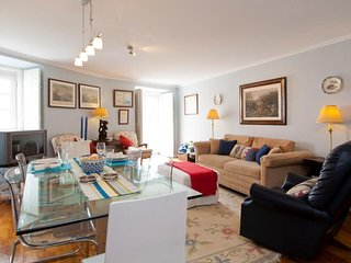 Chanceler Arch apartment in Alfama with WiFi.