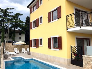 New nice Elia2 Savudrija, with pool, 2 bedrooms, free WiFi, near the beach, BBQ