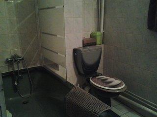 Salle de bain confortable...