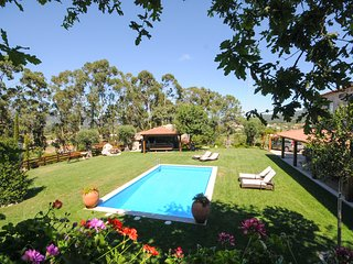 6 bedroom Villa in Gondufe, Viana do Castelo, Portugal : ref 5658162