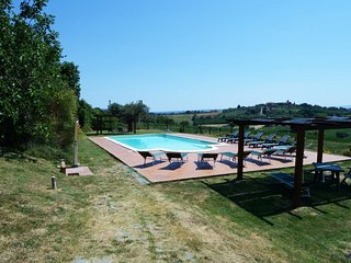 8 bedroom Villa in Vaiano, Umbria, Italy : ref 5658194