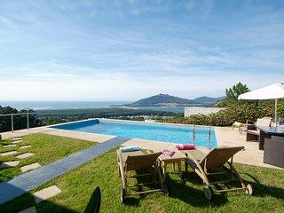 Calheiros Villa Sleeps 8 with Pool and Air Con - 5658175
