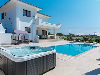 Cyprus In The Sun Villa Grecian 2 Platinum