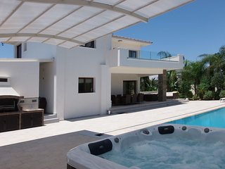 Cyprus In The Sun Villa Grecian 1 Platinum