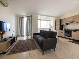 79 / 5 Duplex Penthouse