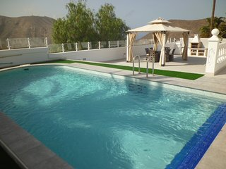 Villa Chayofa - Fabulous 3 bed, 3 bath villa with private pool