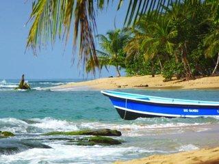 Stunning Beach House, beach and sea views, plunge pool, A/C, WIFI, Replenish!