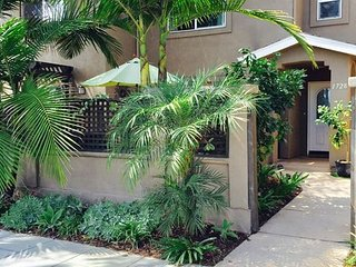 Luxury 3 Story Townhouse 3 BR/ 4BA. All master suites! Private yard and patio