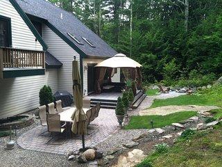 Waterville Estates Luxury Getaway 4+ Bedrooms 2 Car Garage 4-5 Parking free WIFI