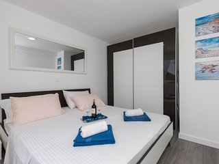 Cozy apartment in Dubrovnik with Internet, Washing machine, Air conditioning, Te