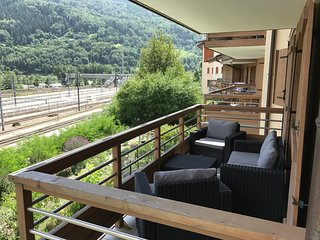 Spacious Central Apartment - Perfect For Ski or Summer Active Family Holidays