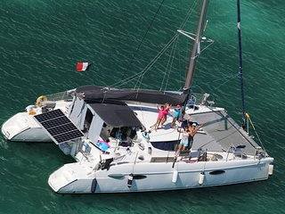 The best catamaran sailing the world - actually in San Blas