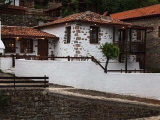 Nostos Cottage in Lilaia, Delphi