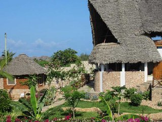 Casa Cora Kenya 02 is 2 bedroom apartment in spectacular location.