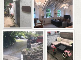 Old School House, Character Cottage near Conwy - 2 bedrooms
