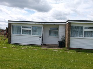 BlueBird Chalets - Eric (398) - Scratby, Great Yarmouth.