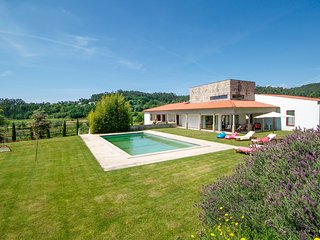 6 bedroom Villa in Bouça de Baixo, Viana do Castelo, Portugal : ref 5658330