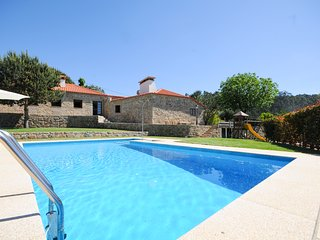 4 bedroom Villa in Barcelos, Braga, Portugal : ref 5658328