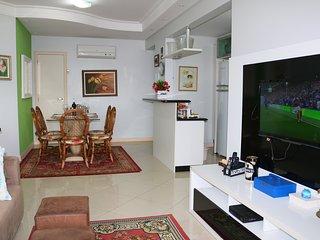 Lindo Apartamento 3 quartos com piscina em Jurerê Florianópolis para famílias