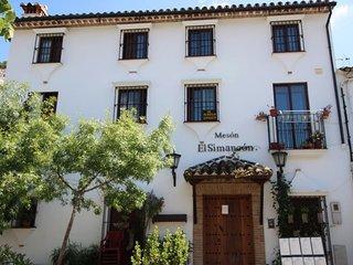 Apartamentos plaza asomaderos Grazalema