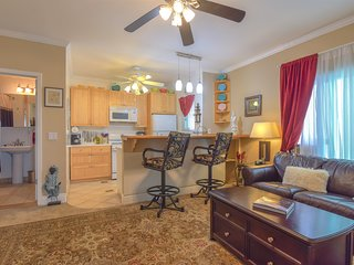 Executive Unit  in Central San Diego