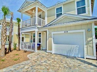 609 Lyndell Lane 'Bonnie's Beach House'