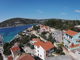 Three bedroom apartment Sevid, Trogir (A-16111-a)