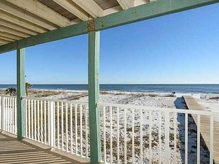 Hot Deal Sundial G1 ~ Spacious balcony, Gulf Front, right on the beach 3BR/2BA ~