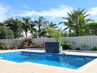 Villa entierement equipee,  piscine, 3 chambres climatisees, 3 salles d'eau