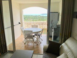 Joli T2, piscines, vue mer, proches plages, Golfe de St-Tropez