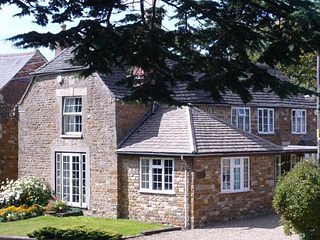 Rutland Bed and Breakfast Cottages - Bedroom 3, holiday rental in Uppingham