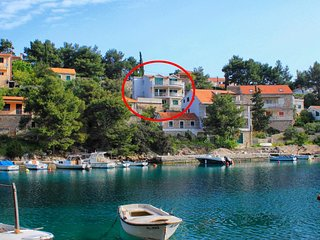 Two bedroom apartment Basina (Hvar) (A-8754-b)