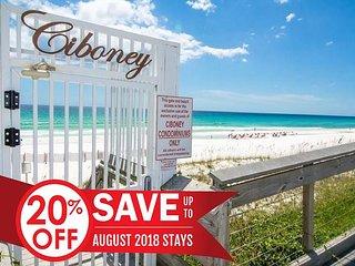 20% OFF Aug! Newly UPDATED Beach Condo, Pool, Steps 2 Beach + FREE VIP PERKS!