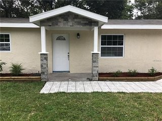 House with 3 Bd in Clearwater