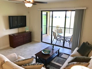 3 bedroom condo near Disney in ChampionsGate sleep 8 people with golf view