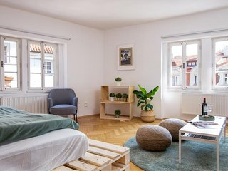 Modern apartment w/ WiFi & lovely city views - 1/4 mile to Charles Bridge!