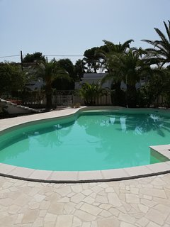 Villa con piscina a 50 metri dal mare